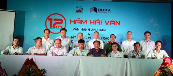 Lễ ký kết giữa chủ đầu tư, đơn vị tư vấn và các nhà thầu về việc đảm bảo ATLĐ, VSMT và PCCN thi công hầm Hải Vân 2.